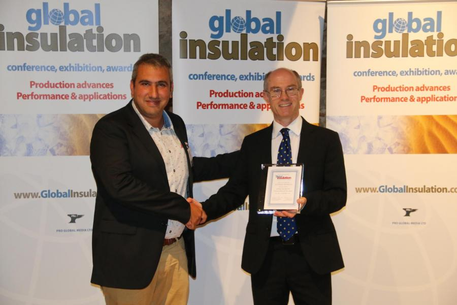 Davide Maiello receving the award-gobal-Insulation